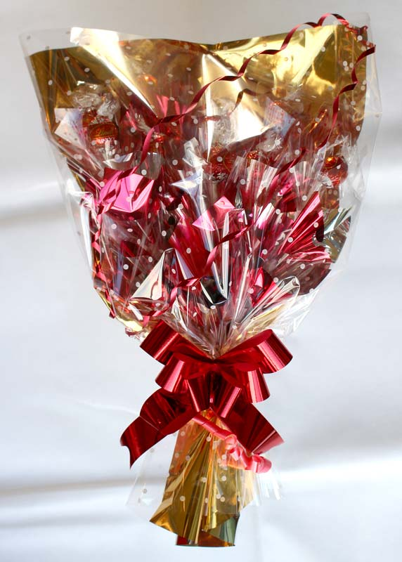 Traditional Style Bouquet, Lindt, Gold